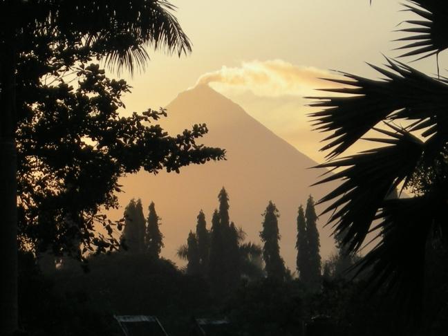 De rokende Merapi