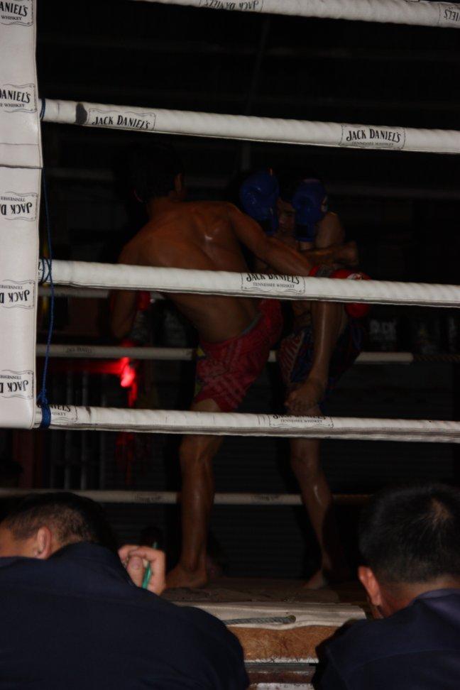 2008: Chiang Mai: MuayThai boksen