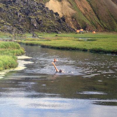 Voorvertoning In de warmwaterrivier