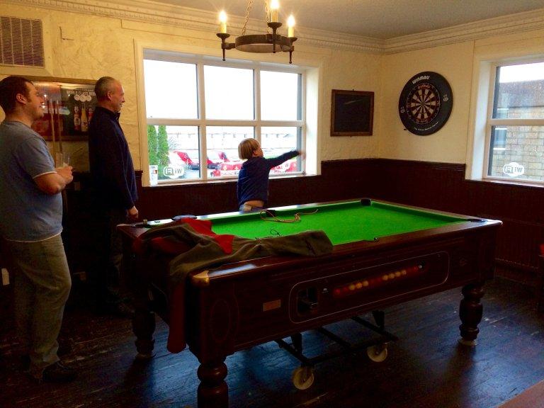 Darten met 2 Schotten in een pub in Fort William...