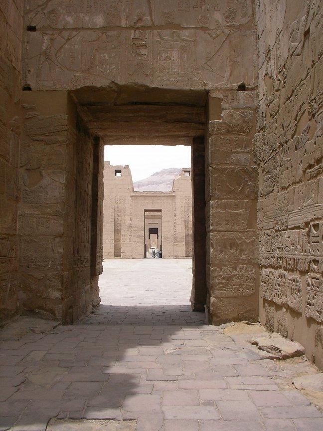 Doorkijkje in de tempel