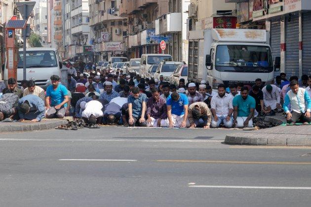 Moslims in gebed in Dubai