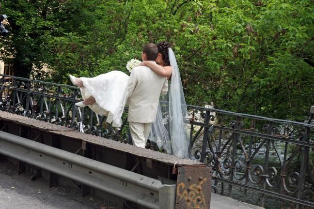 """Letterlijk """"Over de brug komen! """""""