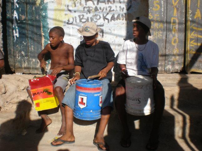 Drummers in de favela