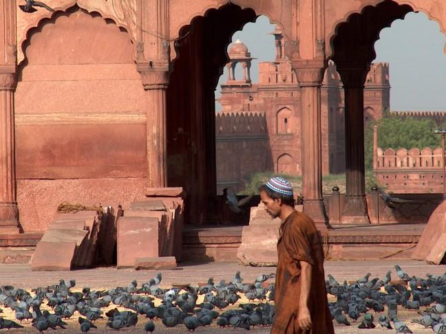 Sfeerimpressie uit de Jama Masjid in Delhi