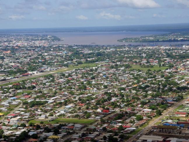 Luchtfoto Paramaribo