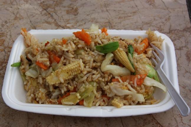 2008: Bangkok: eten van een eetstalletje