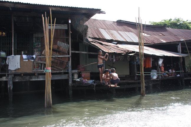 2008: Bangkok: zwemmen in de klong