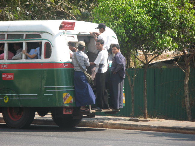 Overvolle openbaar vervoer