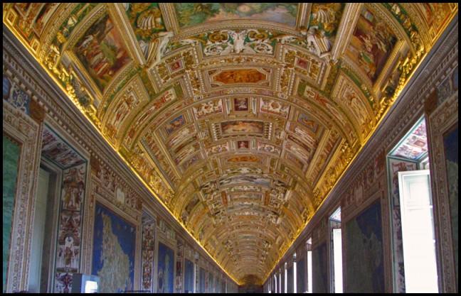 Plafond in het Vaticaan Museum