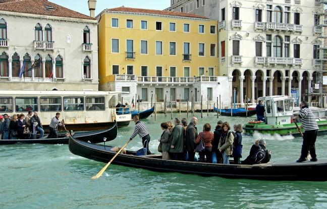 Heen en weer in Venetië