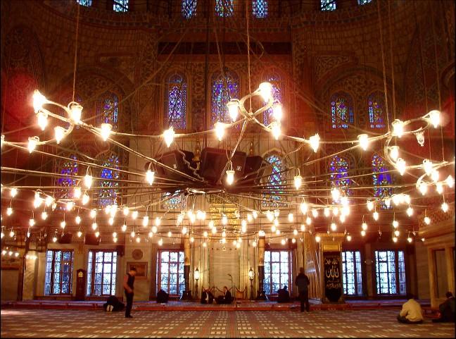 Verlichte moskee