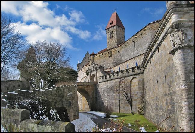 Oud kasteel nabij Langenbach