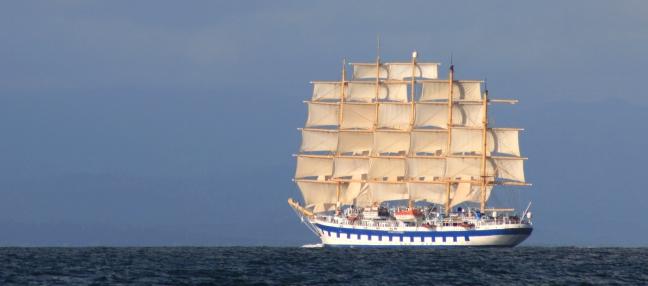 Worlds largest sailing boat, 5 masts