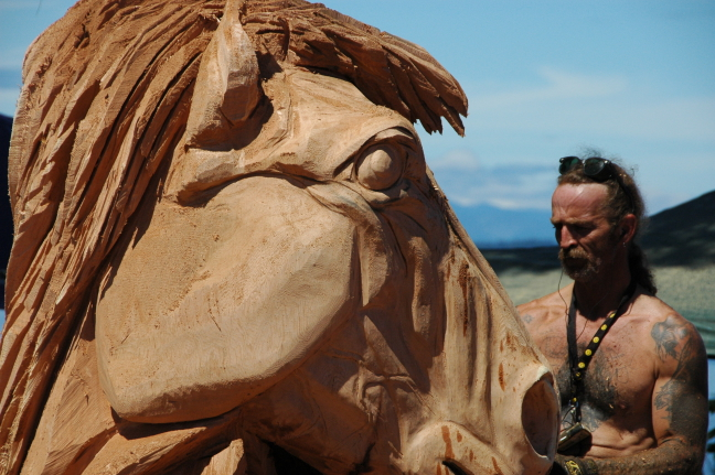 Woodcarving contest