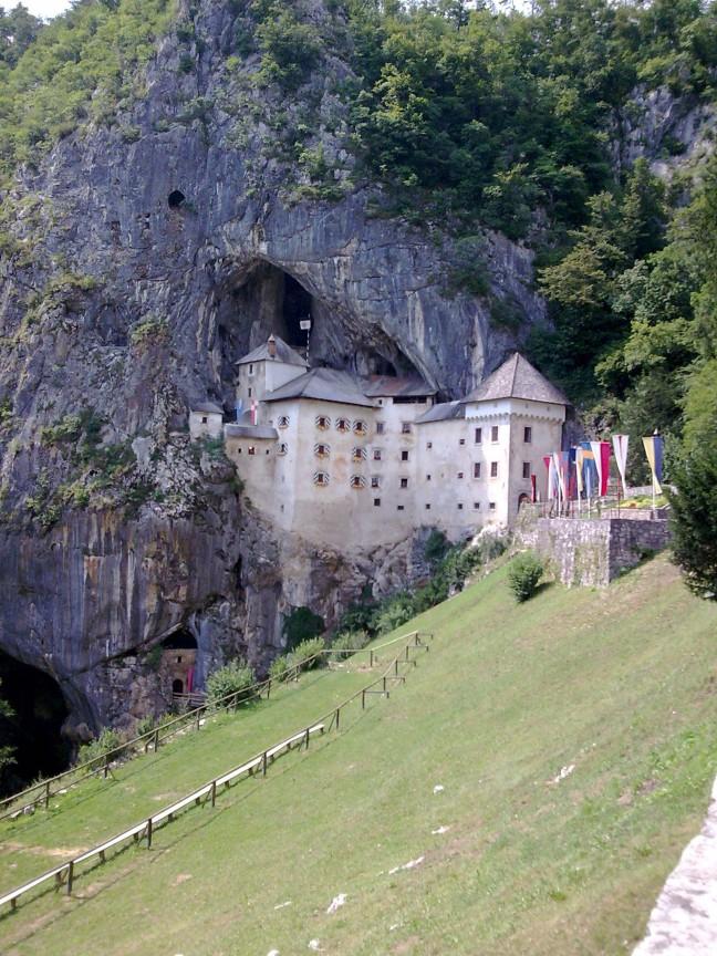Predjama kasteel nabij Postojna