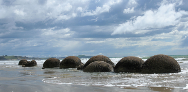 Moeraiki Boulders