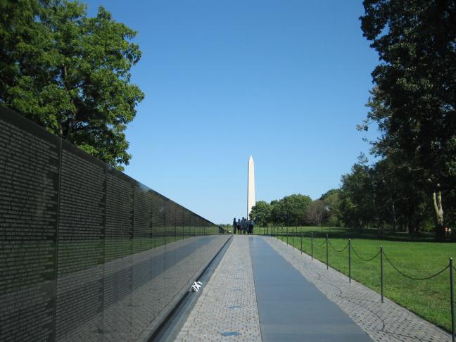 Washington Monument Vietnam Memorial