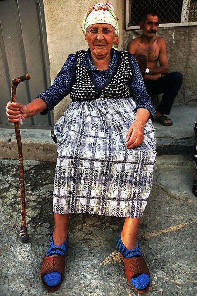 Vrouw met stok