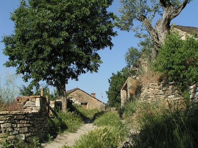 Coscojuela de Sobrarbe - oude pad naar dorpsbron