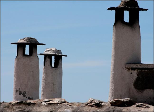 de schoorstenen van de witte dorpen