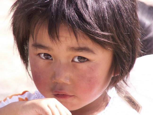 Prachtige kindje wat we onderweg tegenkwamen!