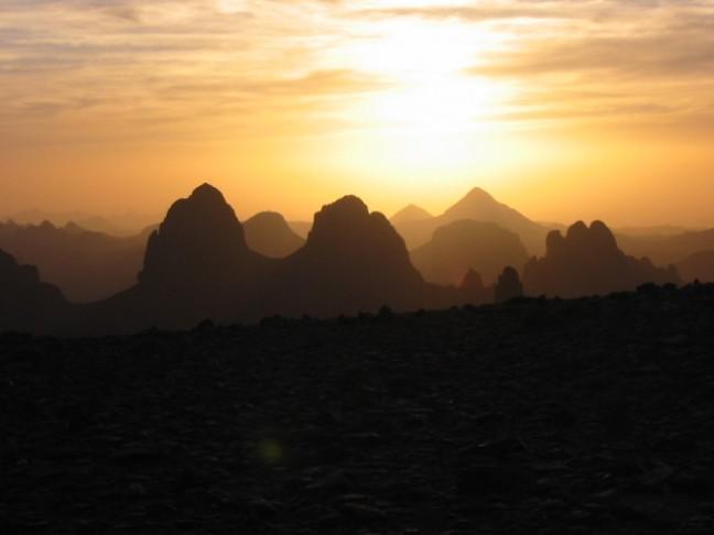 Hoggargebergte bij zonsopgang