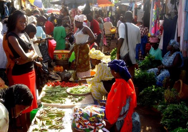 Markt in Serrekunda