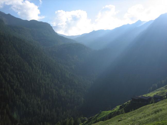 Lichtval in de bergen