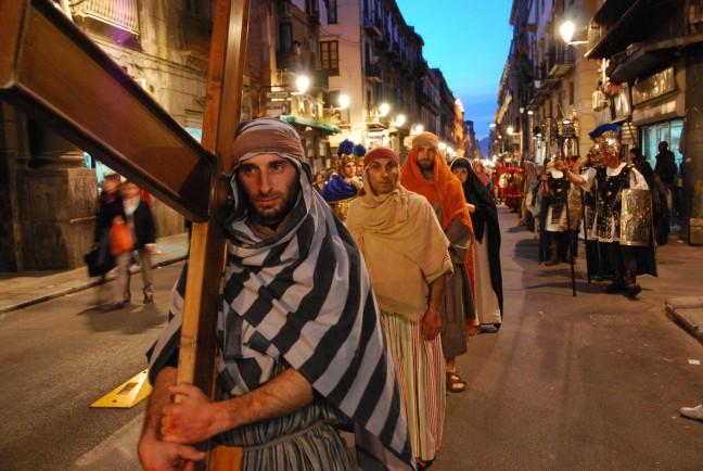 processie met pasen in de starten van palermo