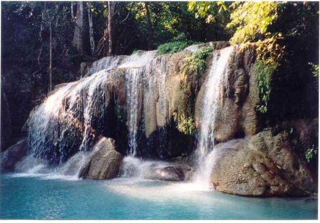 Erawan watervallen.