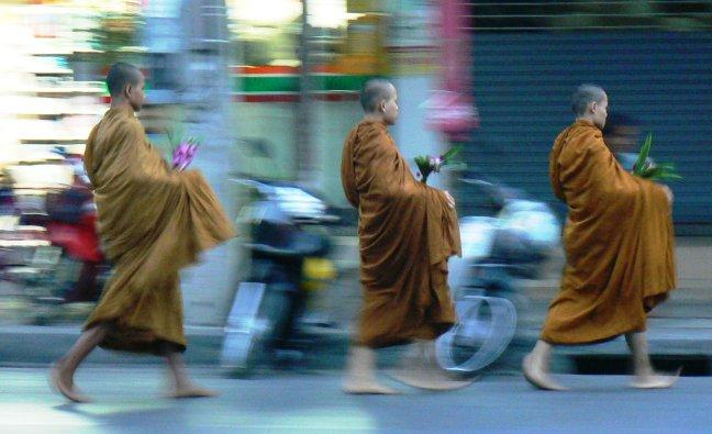 zwevende monnikken