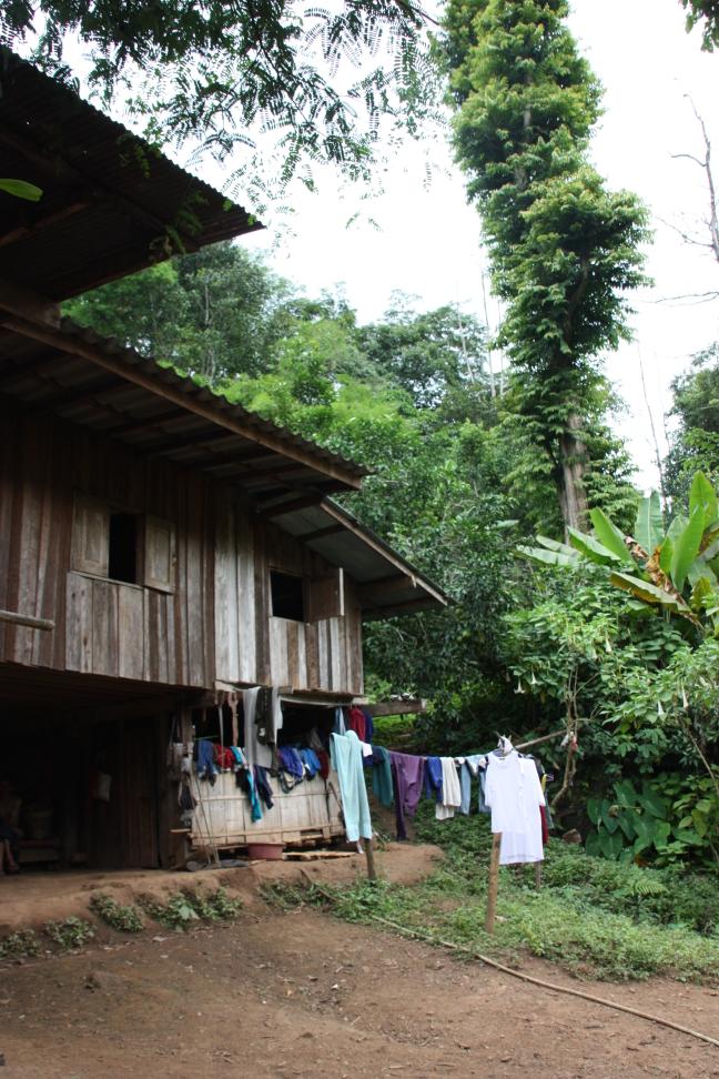 2008: Huay Nam Dang NP: dorpje in de jungle.