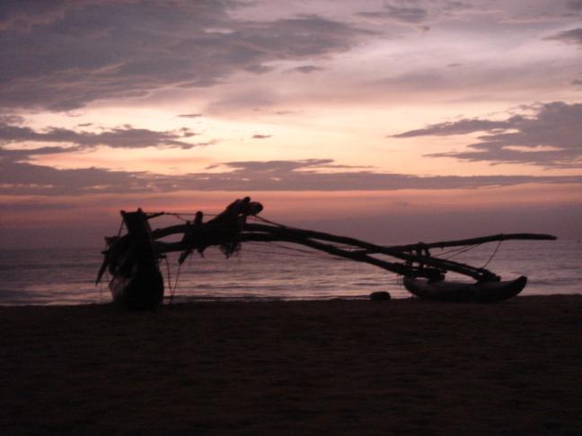 ondergaande zon in Negombo