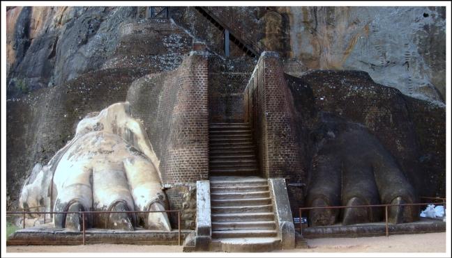Sigiriya's 'leeuwenrots'