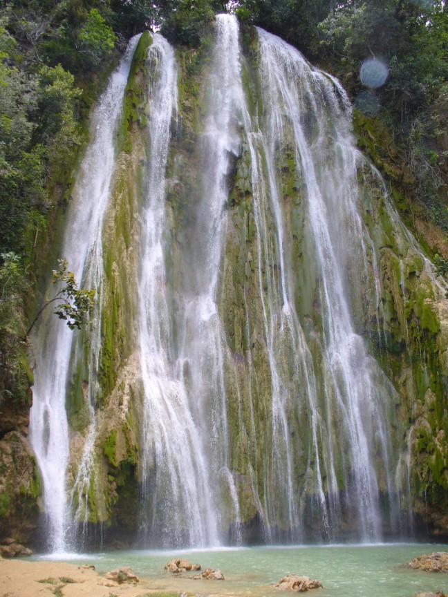 De waterval van Limòn