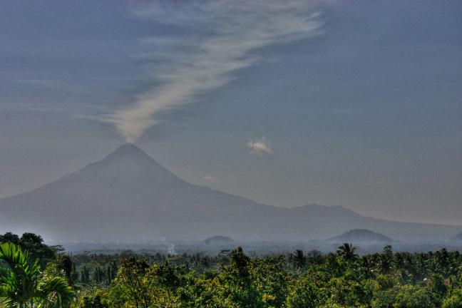 de Merapi vulkaan op Java, nu zonder vlekken