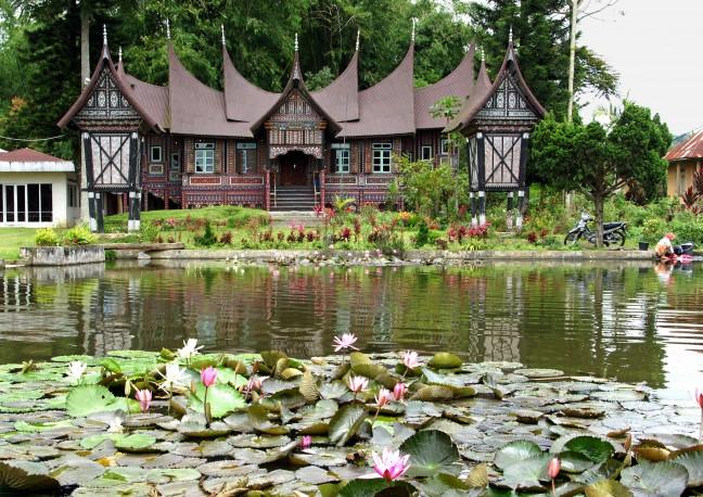 Rumah Gadang op Sumatra