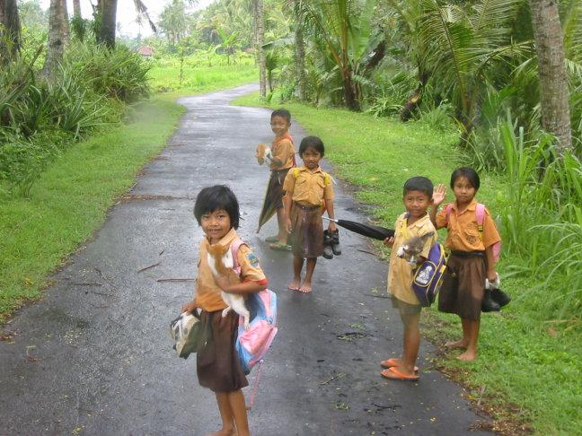 Balinese shoolkinderen