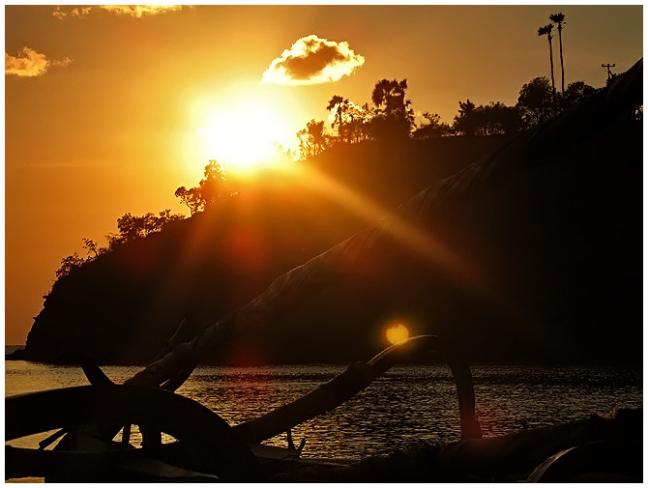 Zonsopkomst Amed  (Oost Bali)