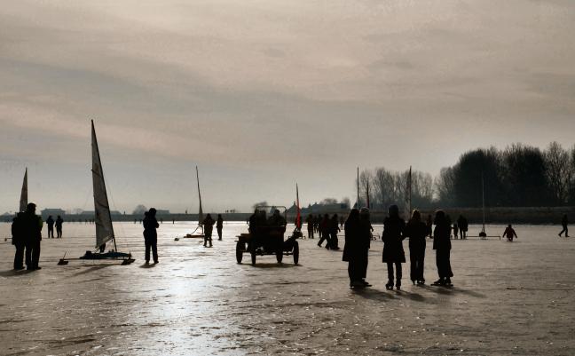 IJspret op de Gouwzee .(070ps)
