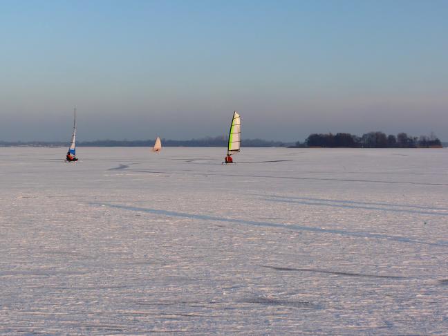Zeilen op ijs